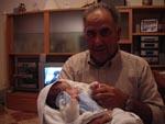 El abuelo con Alejandro - 13